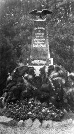 Denkmal auf dem alten Friedhof